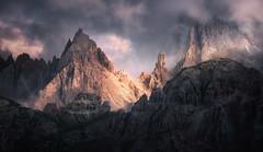 Raw (@hipydeus) Tags: landscape mountains alps light massive