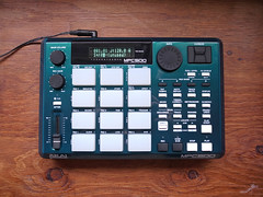_0040253 (ghostinmpc) Tags: akai mpc500 ghostinmpc custommpc