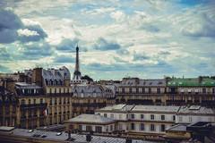 (emanuelamazzaro) Tags: torreeiffel toureiffel tetti parigi paris