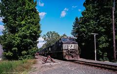 TSD_RAW_160825-222 (DohertyTim) Tags: buskirk districtthree ect ektar100 freight ns8974 ny pas pentax67 scan trains