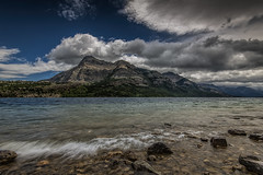 Waterton Lakes National Park, Alberta (angie_1964) Tags: watertonlakesnationalpark canada alberta ab mountain lake sky clouds landscape seascape nature outdoors