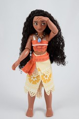 Disney Moana Classic Doll - 11'' - Disney Store Purchase - Deboxed - Standing #2 (drj1828) Tags: us moana classic doll 2016 11 disneystore purchase deboxed sitting