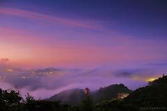 Heaven (Singer ) Tags: sky cloud mist mountain sunrise canon star taiwan singer taipei       seaofclouds                     cloudfall    canon550d  singer186       glazedclouds
