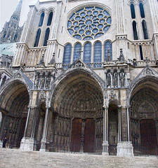 Chartres Cathedral - South Doorway (john weiss) Tags: geotagged centre 18200vr d80 labm labc chartrescathedrale labcfk geo:lat=4844748792 geo:lon=148836315 2011paris5126