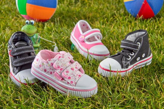 fotografia de calzado de niños