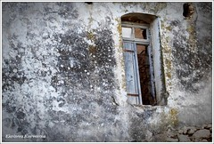 (Eleanna Kounoupa (Melissa)) Tags: window greece crete rethymnon   explored     oldhouseruintraditionwall  royssospiti