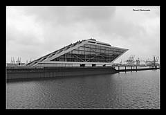 Dockland (Porschi1) Tags: wasser hafen hamburg dockland brohaus altona