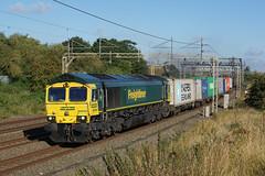 66954 26-08-17 (IanL2) Tags: freightliner class66 66954 oldlinslade bedfordshire wcml trains railways