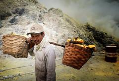 java - ijen (peo pea) Tags: hard work miners mine sulfur zolfo esalazioni reportage cratere crater java giava ijen