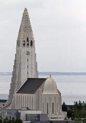 Hallgrímskirkja - Church of Hallgrímur (vic_206) Tags: hallgrímskirkja churchofhallgrímur iglesia canoneos7d canon300f4liscanon14xii islandia reikiavik