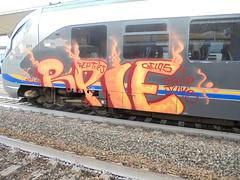 non passa mai/ bella july b (en-ri) Tags: rpie reptiles gelo crew arancione rosso gelos train torino graffiti writing