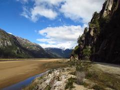 Hogar (Guillermo Feli) Tags: chile surdechile patagonia cielo montaa nieve aysen