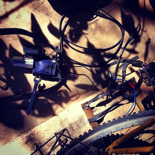 Bicicleta e energia. #arte #tecnologia #rural #nuvem