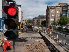 215.jpg (Woodentopphoto) Tags: england trafficlight unitedkingdom roadworks maintenance redlight digger chelmsford disruption roadup