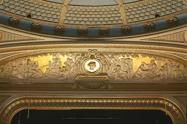 "The decorative gilt and plaster frieze above the proscenium arch in the Royal Opera House auditorium after renovation in 1998. <a href=""http://www.roh.org.uk"" rel=""nofollow"">www.roh.org.uk</a>"