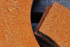 Kom og se -|- Come and see (erlingsi) Tags: metal rust rusty simplicity oc rost enigmatic rouille rouillé scana erlingsivertsen enkelt rostiges óxidos texturasnaturales