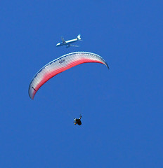 Paraglider ~Brad MacMonagle and Airbus A-320~ (Ron1535) Tags: golden colorado roll pitch paragliding soaring glider lookoutmountain paragliders thermals mtzion yaw airbusa320 freeflight windcurrents freeflyers flexiblewing glideraircraft soaringaircraft ramairdesign paragliderpilots