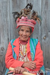 Banaue - Ifugao Granny (Rolandito.) Tags: old portrait woman point view philippines banaue pilipinas luzon philippinen viwpoint