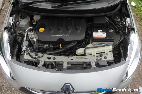 2012-Renault-Scala-41