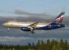RA-89008 landing on RWY 01R att OSL