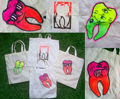 Jutebeutel-Recycling (HLM...Creature Ink) Tags: colors tooth teeth spraypaint bags custom recycling beutel jutebeutel