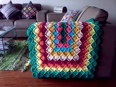 Wool-Eater Afghan (LauraLRF) Tags: london lana home wool colors sarah living pattern crochet colores pillow yarn sofa afghan sillon cushion manta throw patron cojin esquema eater colcha tejido ganchillo almohadon