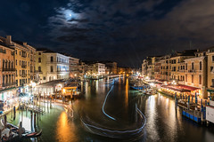 Canal grande (_gate_) Tags: venice venedig italy italien canal grande grand rialto bridge europe europa eu renzi mario venezia itlia nikon 20mm 18g ed d750 summer sommer holiday brcke