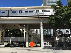 Metrorail Brickell (Phillip Pessar) Tags: metrorail brickell train miami dade downtown rail commuter light