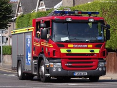 Humberside Fire & Rescue Service Scania P270 Water Ladder H17P1 (PFB-999) Tags: rescue water station fire pump lane service ladder peaks appliance scania brigade grimsby humberside wrl hfrs p270