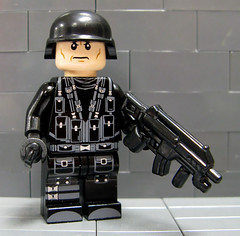 Brick MOC Modern Combat Rig (ToyWiz.com) Tags: brick lego fig military figure minifig custom minifigure moc brickmoc