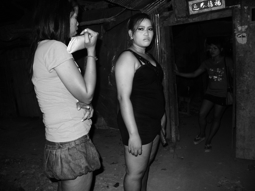 Hustler magazine photos of jennifer aniston nude