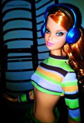 Steffie in the Club (Lisbon_Fashion_Dolls) Tags: club barbie redhead steffie barbiecollector topmodelsummer barbiebasic