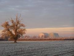 Cardington Airship Hangars from Wilstead. (Lee Mullins) Tags: sunset tree frost airship hangars cardington winter2010 wilstead