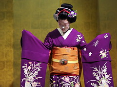 Purple (Teruhide Tomori) Tags: portrait girl japan kyoto purple traditional maiko   kimono       obitie
