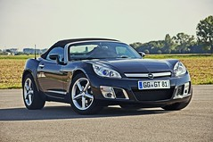 OPEL GT Roadster 2007 - 2009 (Imagonos) Tags: opel gt opelgt turbo cabrio kabrio cabriolet kabriolett convertible roadster imagonos ves nikon d90 d3000 slr dslr dslrphotography automotivecomposites outdoor worldcars topless portrait
