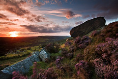 Baslow Edge, The Peak District on a blustery evening (JamboEastbourne) Tags: park sunset england district derbyshire peak national edge baslow curbar