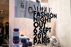 Vogue Fashion Night Out 2012 par DailyFashionStyle