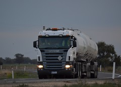 BP (quarterdeck888) Tags: nikon flickr transport frosty lorry trucks express bp tanker kenworth tractortrailer semitrailer bigrig movingpictures tippers haulage quarterdeck heavyvehicles roadtransport bdouble tautliner newellhwy truckies highwaytrucks australiantrucks d5100 jerilderietruckphotos jerilderietrucks