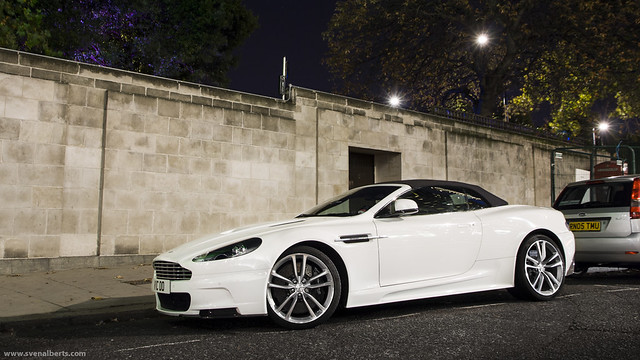 white london canon eos october nightshot supercar astonmartin volante dbs 2011 automotivephotography 1000d svenalberts wwwsvenalbertscom