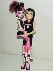 Francesca and Gabriel (~Ravie) Tags: dolls mattel fearleader monsterhigh draculaura fearleading casketball jacksonjeckyll screamspirit ghoulspirits