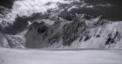 _DSC0479HDR (allanv) Tags: pakistan mountain snow ice expedition clouds landscape blackwhite asia sony glacier climbing mountaineering hdr alpinism cs3 karakorum photomatix 8000m gasherbrum nex5n