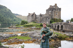 The Bagpiper (kyliejohnston16) Tags: bagpiper bagpipes scotland