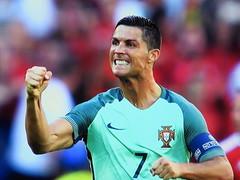 Dumb Pose (knightbefore_99) Tags: pose dumb cr7 euro 2016 portugal game match loser macho cristiano ronaldo futbol football fist pump teeth caveman cardassian