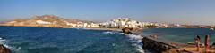 Chora, Naxos, Grce (Nijule) Tags: panorama mer beach water landscape pier nikon village wave greece paysage vague plage grce stitched chora cyclades kastro naxos 2012 jete panoramique d90