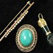 4045. Three Pieces Vintage Gold Jewelry