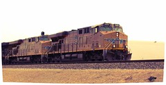 UP 5469, UP 5253 (El Cobrador) Tags: railroad up unionpacific locomotive ge generalelectric uprr gevo c45accte es44 ac45ccte