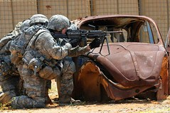 Take cover (The U.S. Army) Tags: 82ndairbornedivision 2ndbrigadecombatteam