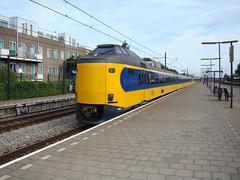 ICMm 4092 te Rotterdam Zuid (Johnny_Hibma) Tags: station rotterdam ns trein intercity zuid zuidholland rotterdamzuid 4092 icmm rossestraat