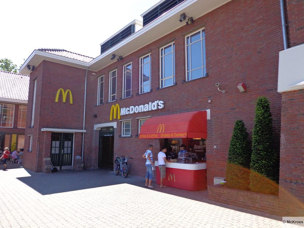 b16015d78c7 McDonald's Roermond Stadsweide 120 Designer Outlet (The Netherlands)  (mckroes) Tags: holland