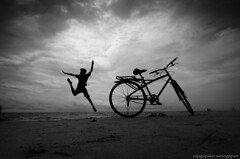 Jump with Joy (Rajagopalan Sarangapani) Tags: beach kids photography kid jump jumping nikon flickr joy kerala monsoon cycle raj rajagopalan southindia clicks allepey 1116 allapuzha tokina1116mm nikond7000 weekendclickers rajagopalansarangapani rjclicks